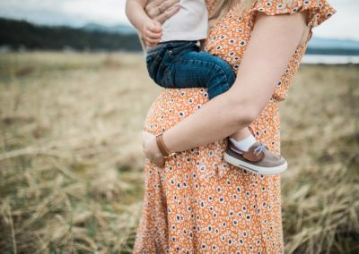Maternity Photography by Stephanie Gray Photography Sequim Washington Dungeness